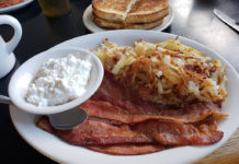 Breakfast at Sharons Cafe (Holladay Chamber of Commerce