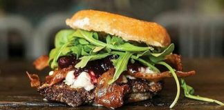 Chedda Burger - burger, credit Facebook.