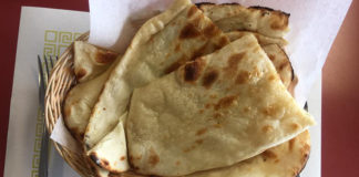 Taj India - naan bread (Taj India)