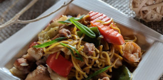 Narra Asian Bistro - noodle dish