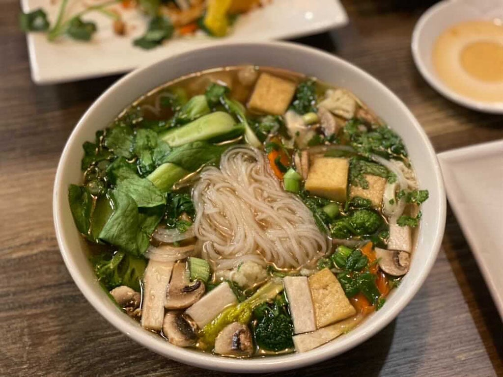 Saigon Vegan - noodle soup