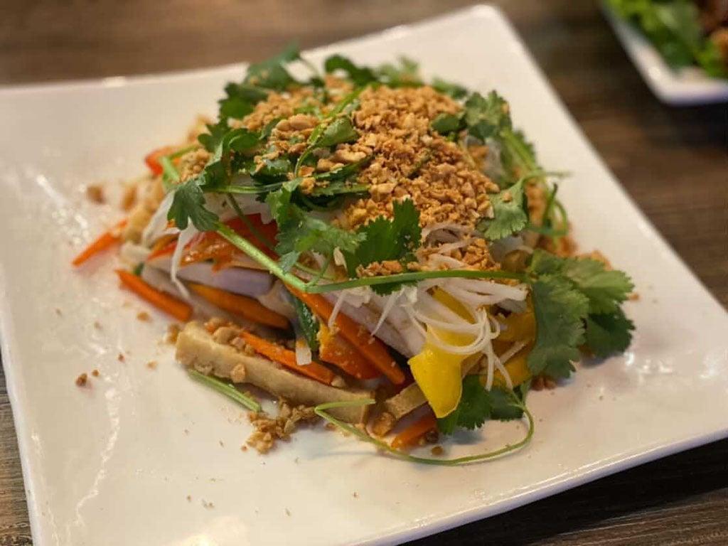 Saigon Vegan - salad