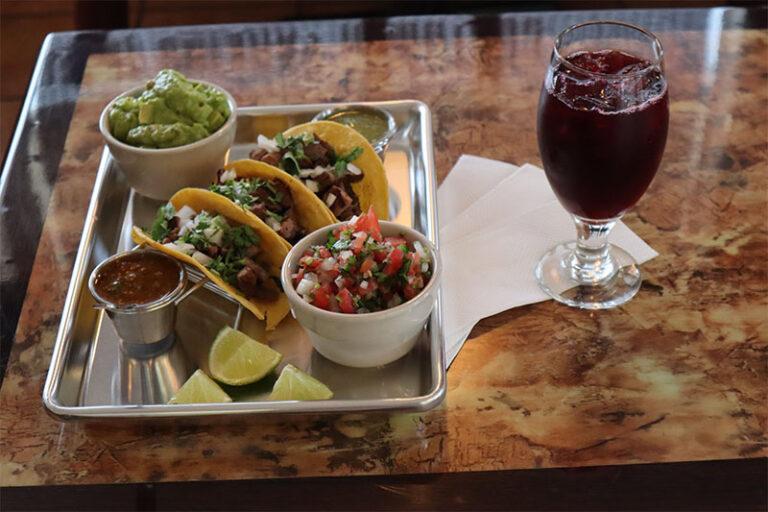 Del Barrio Cafe menu