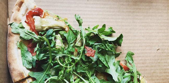 Nomad Eatery - vegan pizza, credit Amanda Rock