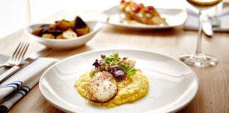 Manolis - scallops. Credit Manolis