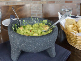Alamexo - table side guacamole