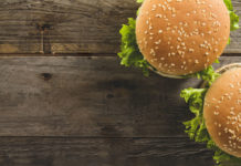 Generic burger (Freepik)