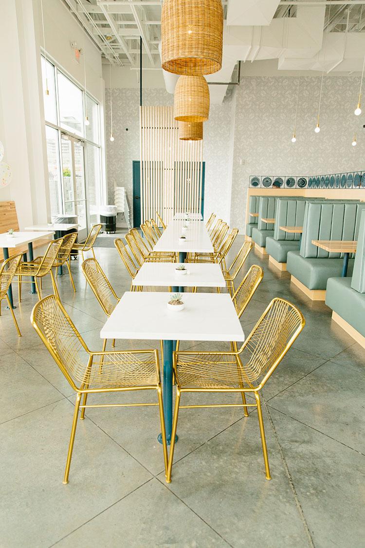The Rising Bun interior and seating (The Rising Bun)